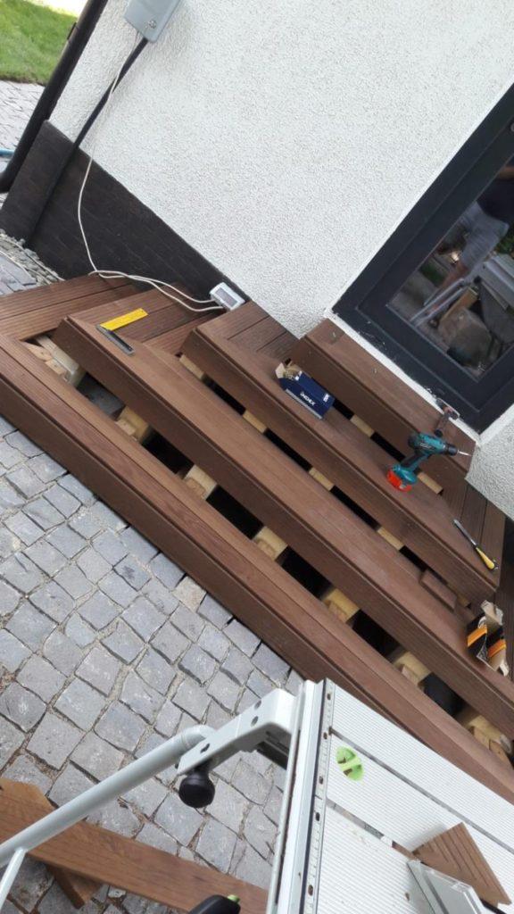 montare scara lemn - structura structura si decking Alma