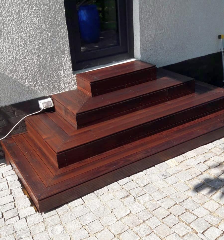 montare scara lemn + decking frasin Alma