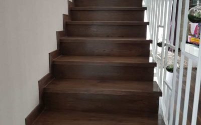 Trepte din lemn stejar masiv baituite - Alma